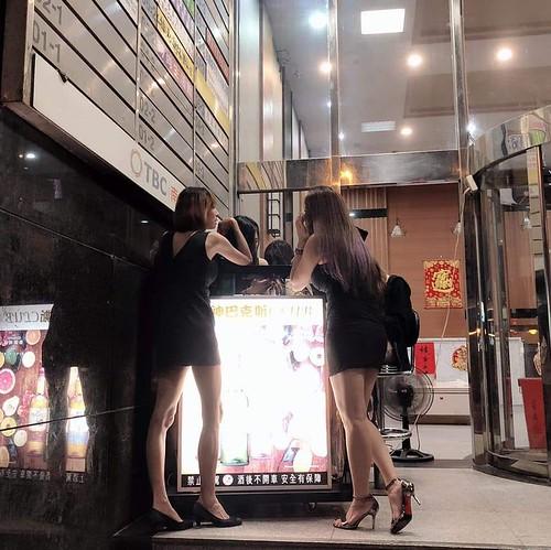 """桃園夜總會""""酒神巴克斯制禮服店""""桃園至禮服店推薦"""