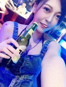 高雄酒吧-Cares時尚音樂酒館
