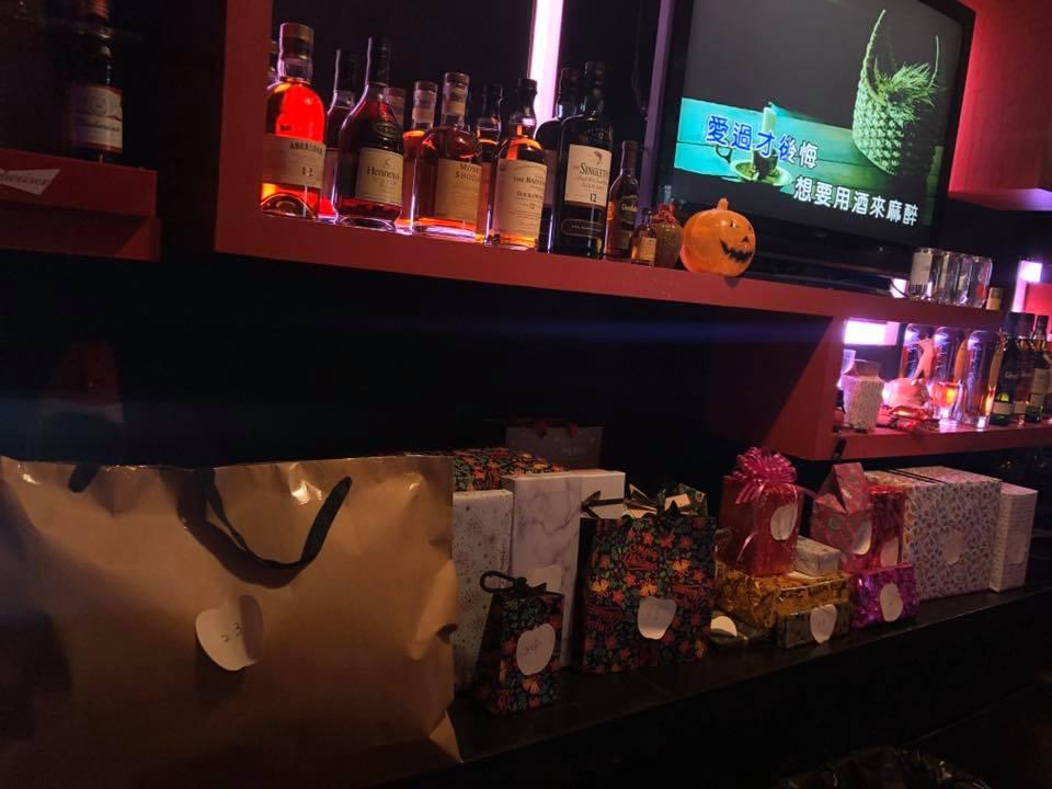 台中酒吧-Salute商務酒吧