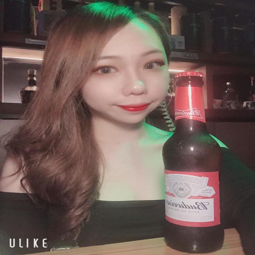 高雄酒吧-Evolution 音樂餐酒吧