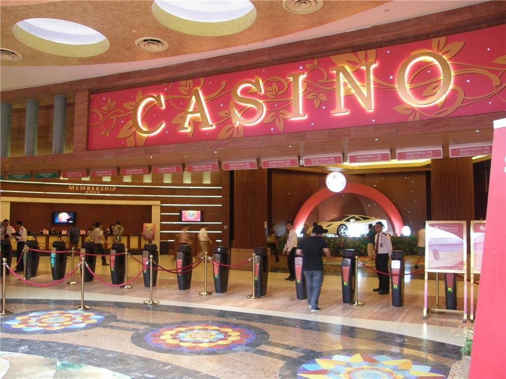 Resort-World-Sentosa-Casino-in-Singapore